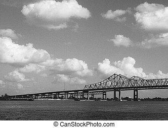 Bridge across Mississippi river