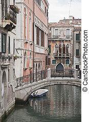 Bridge Calle Drio la Chiesa Street, Venice