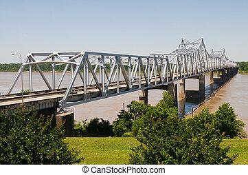 Bridge - Cantilever bridge over the Mississippi River,...