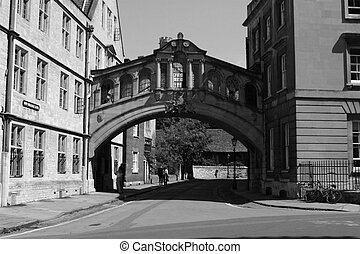 bridge of sighs 2 - Bridge of Sighs, hertford College, ...