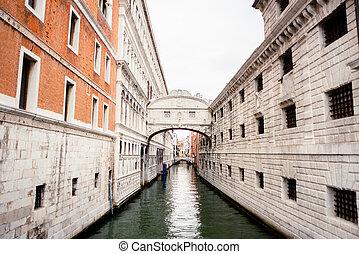 Bridge of Sighs (Ponte dei Sospiri) in Venice and Rio de Palazzo Canal. Italy.