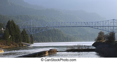 Bridge of the Gods, Oregon-Washington states. - A bridge...