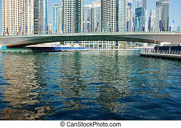 bridge on the Gulf in Dubai Marina