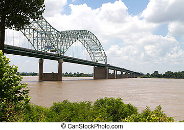 Bridge Over Mississippi - Interstate 40 bridge over the ...