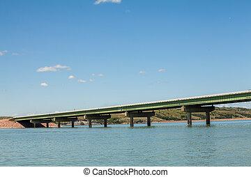 Bridge over waters of Missouri river, USA