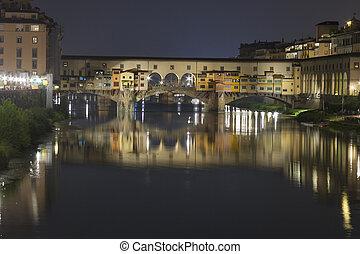 Bridge Ponte Vecchio in Florence at night