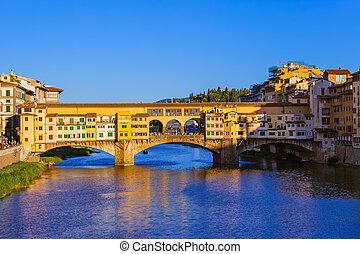 Bridge Ponte Vecchio in Florence - Italy