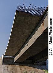 bridzs, épület