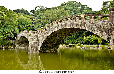 bridzs, megkövez kert, isahaya, japán, japán