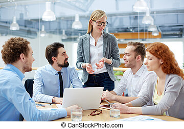 briefing, handel team