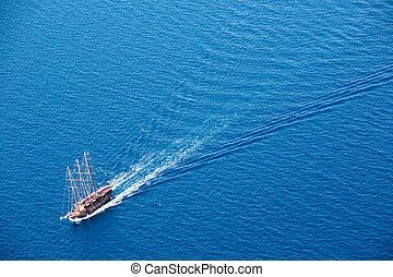 Brigantine - Beautiful brigantine boat in turquoise sea ...