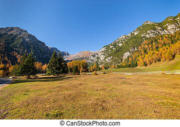 Bright autumn alpine mountain landscape. Austrian Alps, Stubai, Tyrol, Austria.