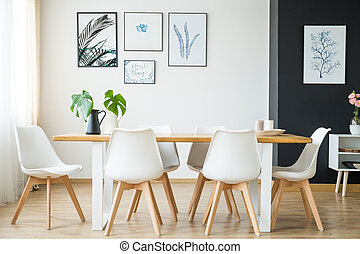 Bright dining room - Bright spacious dining room with wooden...