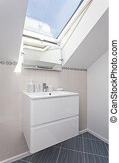 Bright space - bathroom shelf