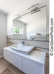Bright space - washbasin