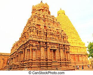 Brihadeshwara Temple and grounds, tanjore Thanjavur tamil...