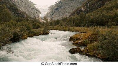 Brikdalsbreen Glacier, Josteldalsbreen Nasjonalpark, Norway...