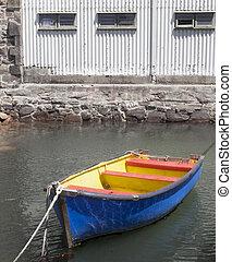 brillante, coloreado, barco, fila