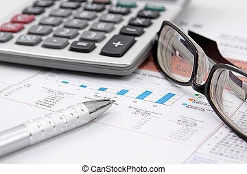 Brille, Taschenrechner, Stift, Tabelle, Bestand