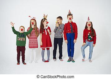 brincalhão, crianças, com, nariz palhaço