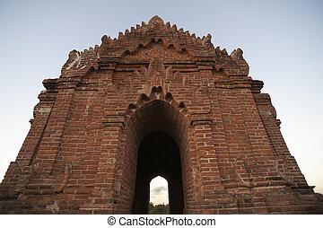 brique, arch., rouges