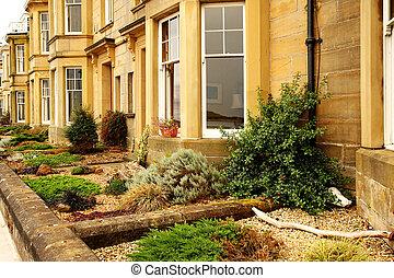 British houses - British traditional houses