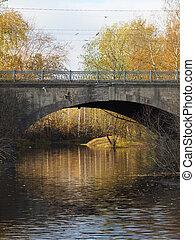 bro, över, den, flod, in, höst
