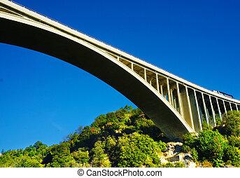 bro, hos, blå, sky.