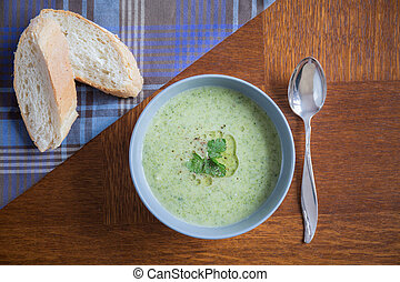 Broccoli soup and baguette