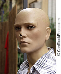 Broken mannequin - Mannequin with broken nose