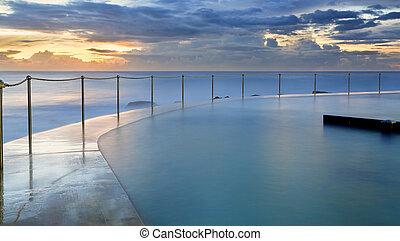 Bronte Pool at sunrise