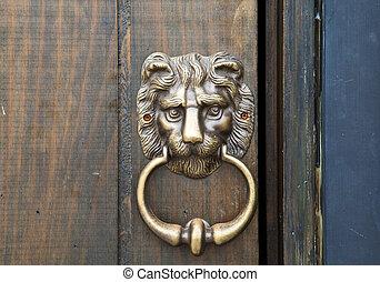 """Bronze door knob """"Lion head"""""""