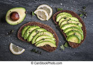 broodje, avocado