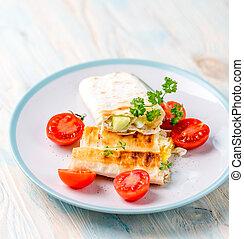 broodje, met, knippen, tomaten, dichtbij, topview