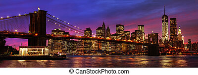 Brooklyn Bridge and Manhattan at sunset - Panorama of...