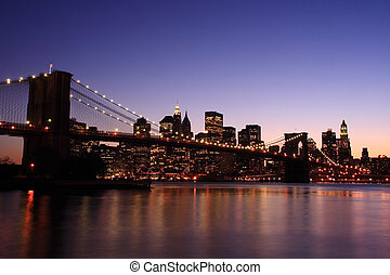 Brooklyn Bridge at dusk - Brooklyn Bridge and Manhattan ...