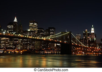 Brooklyn Bridge at night - Brooklyn Bridge and Manhattan...