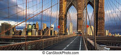Brooklyn Bridge in the morning light