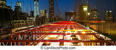 Brooklyn Bridge night traffic