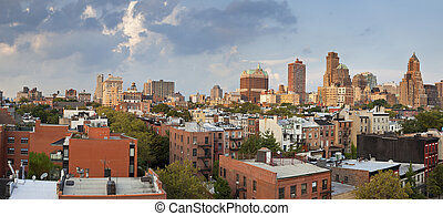 Image of Brooklyn Heights at summer evening.