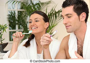 brossage, couple, salle bains, dents