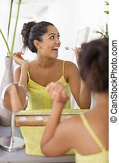 brossage, femme heureuse, jeune, dents