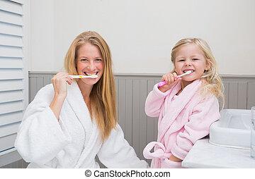 brossage, fille, dents, leur, mère, heureux