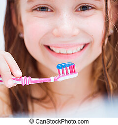 brossage, peu, bain, girl, dents