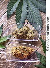 brotos, folhas, marijuana, cannabis, madeira, fundo, sobre