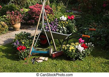 Usines automne pots fleurs jardin nouveau usines for Tarif tondeuse a gazon