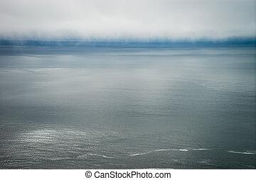 brouillard, banque, au-dessus, océan