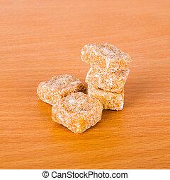 Brown cane sugar cubes