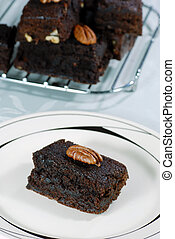 brownie with pecan