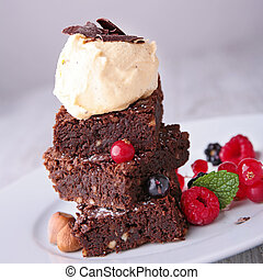 brownies and icecream